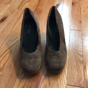 Paul Green brown suede heels.